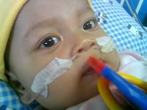 Abang Ali waktu dirawat di RSHS/ Harapan Kita, saya lupa..